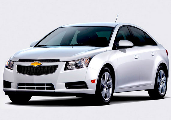 gm india launches updated chevrolet cruze at rs lakh. Black Bedroom Furniture Sets. Home Design Ideas
