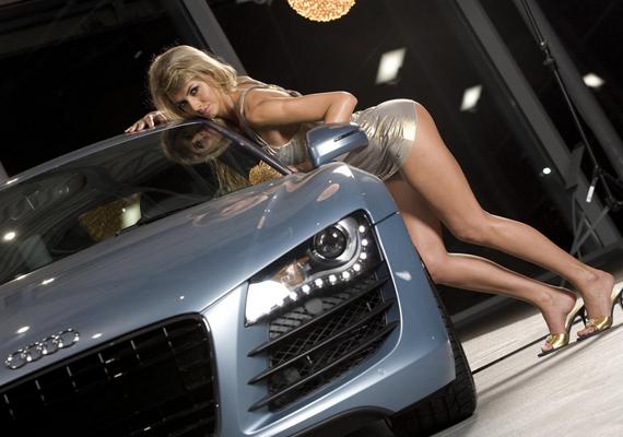 Hot Girl Car Audi