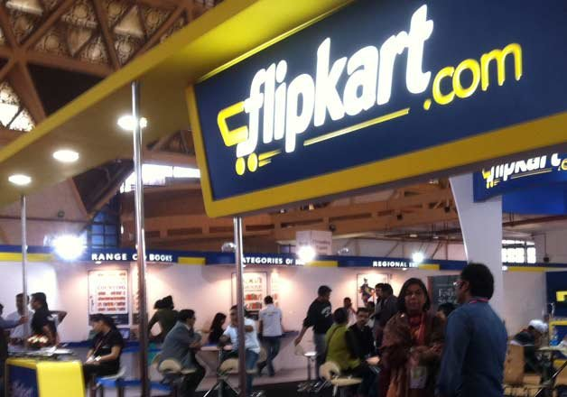 2 men dupe Flipkart of Rs 50,000 over iPhone price refund, held