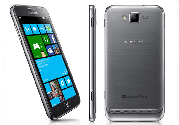 Meet Samsung's premium Windows Phone 8 handset, the Ativ S