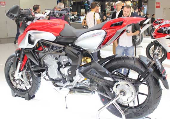 Watch the world's most beautiful bike MV Agusta Rivale 800