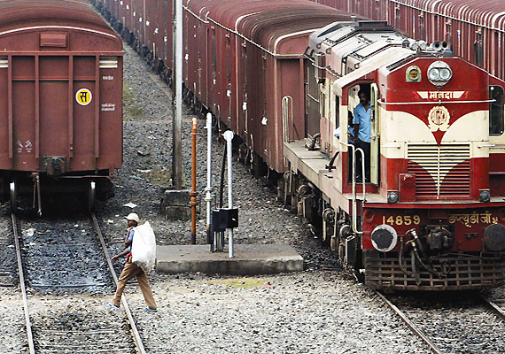 Railways Expect 30 PC Growth In Freight Revenues In FY'13