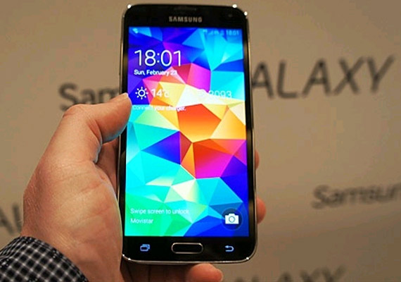 Cheapest smartphone with 8 megapixel camera