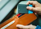 Demand for Notes increasing despite greater use Card Wallet
