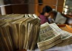 Rupee plunges 18 paise against dollar in early trade