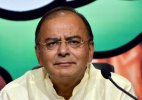 Arun Jaitley pushes for 'plastic' currency