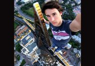 8 awesome selfies by Russian Spiderman, 7th one is wow!