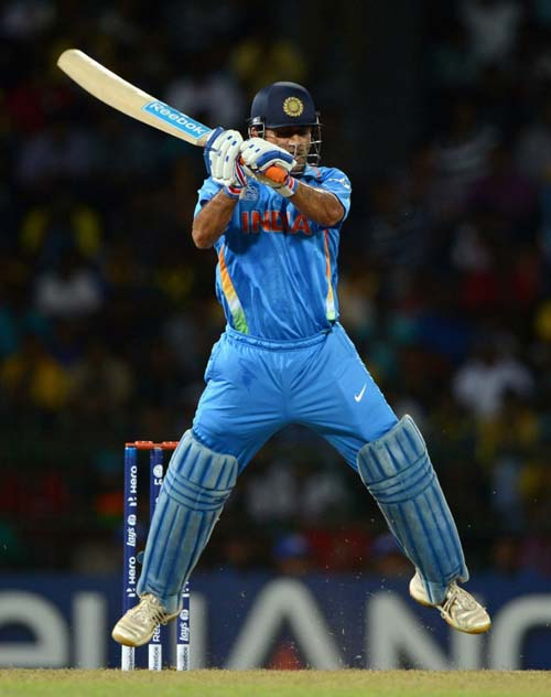 MS Dhoni: Know some lesser-known facts about the hero of ... Mahendra Singh Dhoni Helicopter Shot Video