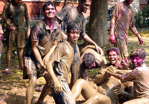 funny ABCD version of Holi3