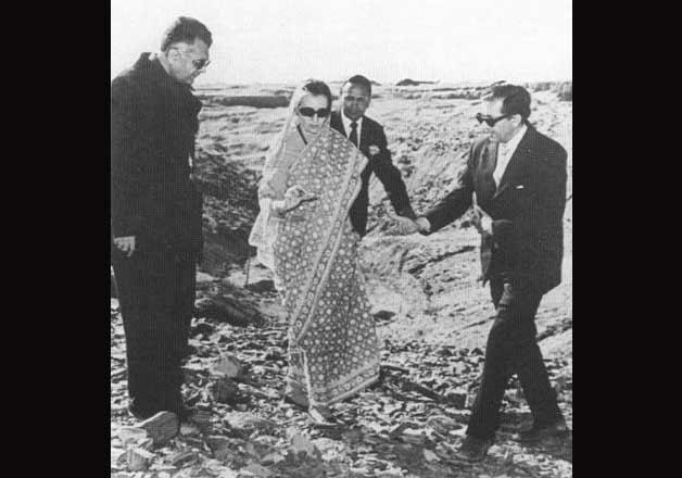 Indira Gandhi-IndiaTV