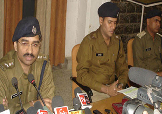 Five sandalwood smugglers held in Indore