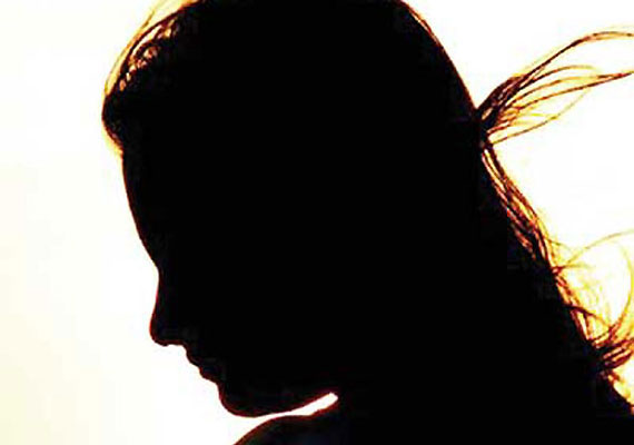 Man kills wife over illicit affair, attempts suicide