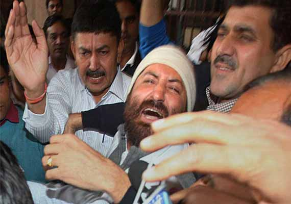 How Narayan Sai confessed, broke down during questioning by Surat Police