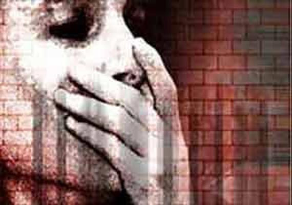 Teenage girl kidnapped, raped in Gujarat