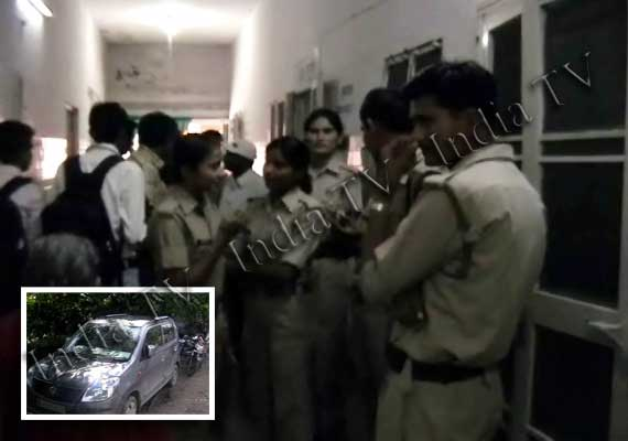 Youth dies in Bareilly, girl critical after having sex in a car with AC on inside garage