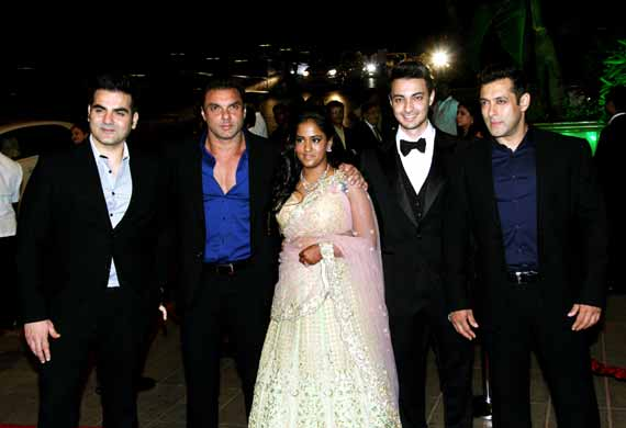 arpitaaayushs wedding reception entire bollywood comes