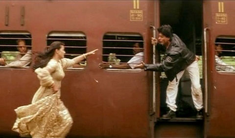 YRF recreates Shah Rukh-Kajol romance with new DDLJ trailer