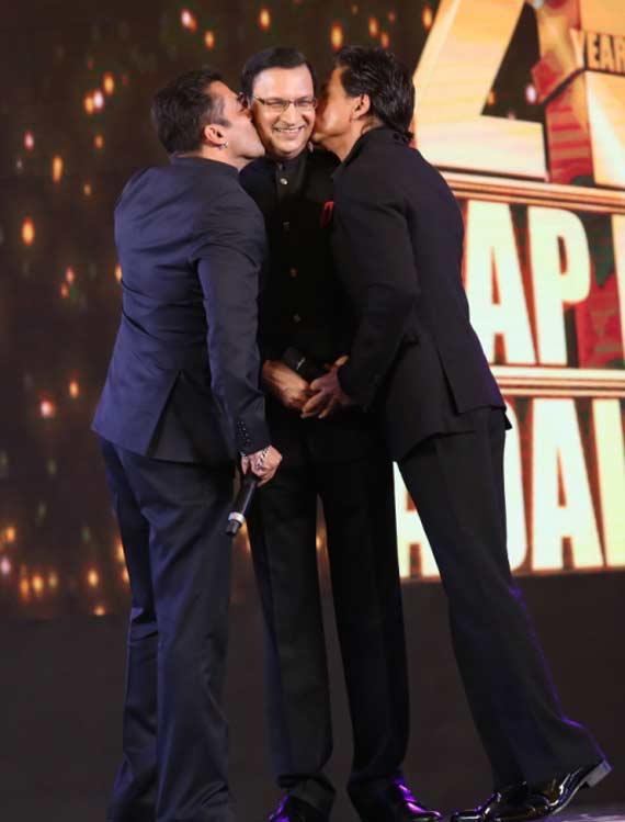 Salman- SRK at Aap Ki Adalat