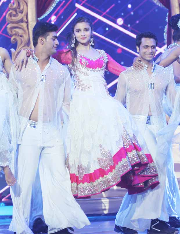 Alia Bhatt Performing