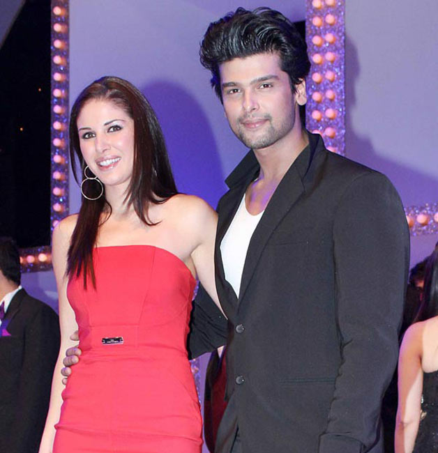 7 TV celebs who dated NRIs | IndiaTV - 62.1KB