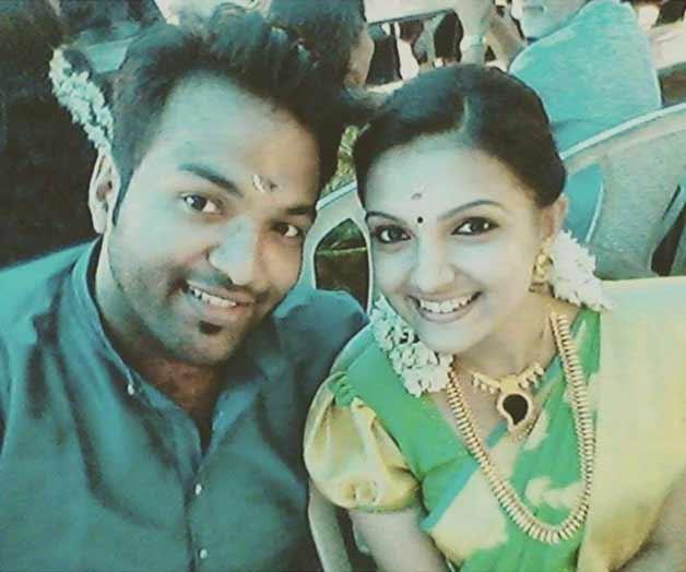 Saranya Mohan engagement pic