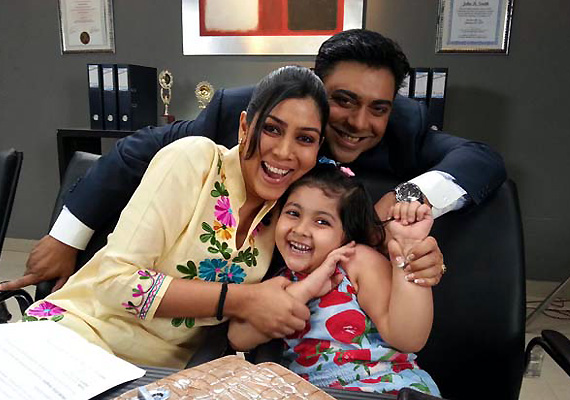 Bade Ache Lagte Hain's Pihu quits the show, gets replaced (see pics)
