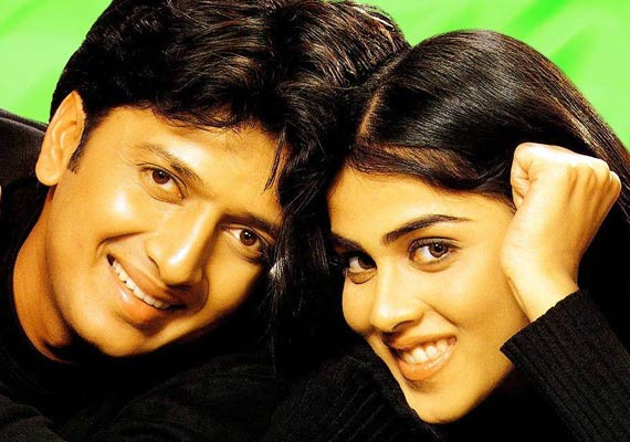 Bollywood Elated With Riteish-Genelia Marriage News