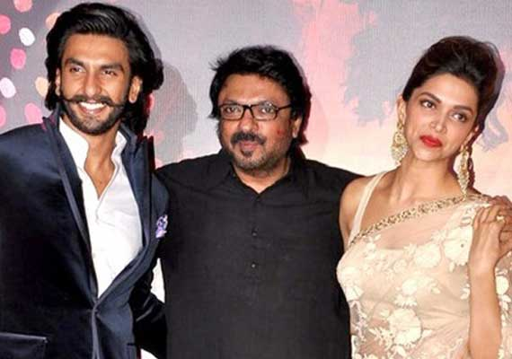 Court directs to lodge a case against Deepika, Ranveer, Bhansali (view pics)