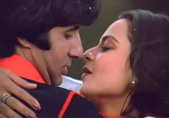 Eight great romantic scenes of Big B with Rekha
