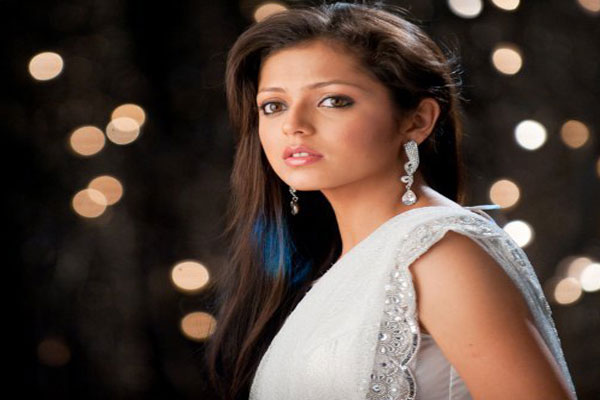 I have no interest in Bollywood, Says Drashti Dhami