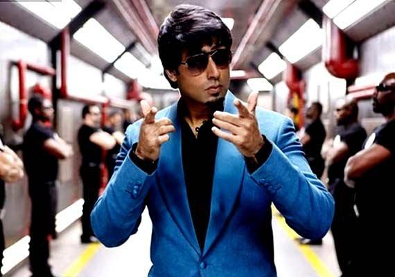 Pressurising Farah to make 'Happy New Year' sequel: Abhishek