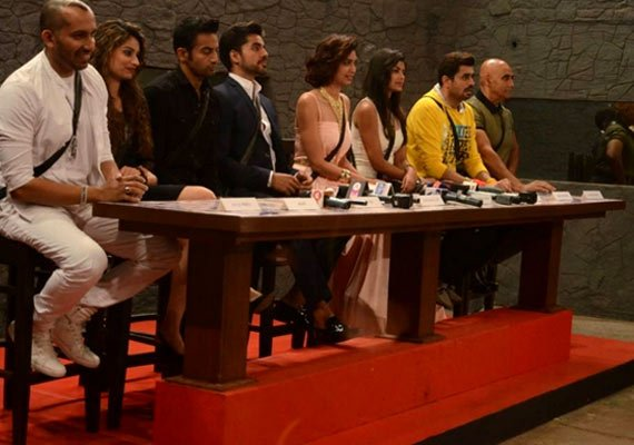 Bigg Boss 8: Media grills housemates; Salman clears the air on 'joke' controversy (see pics)