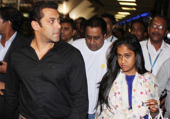 Salman Khan Wedding Gift For Sister : Salman Khans sister Arpitas wedding schedule out! (view pics)