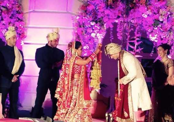 Arpita's wedding live update: Arpita and Aayush share wedding garlands (see pics)
