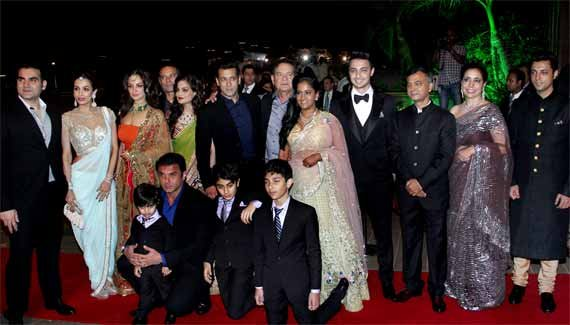 Arpita-Aayush's wedding reception: Entire Bollywood comes under one roof (see pics)