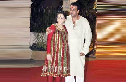 Sanjay Dutt, Maanyata Welcome Twins