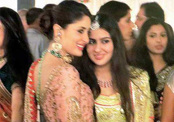 Kareena shares good bond with Saif's children