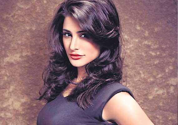 Актрисы Болливуда  Nargis-Fakhri-g13854