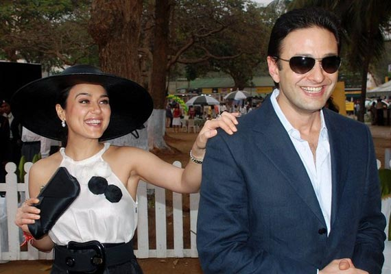 Image result for preity zinta and ness wadia