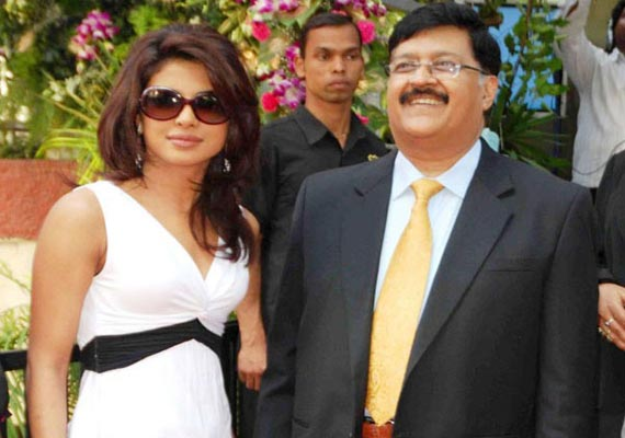 Priyanka Chopra's father no more, celebs condole