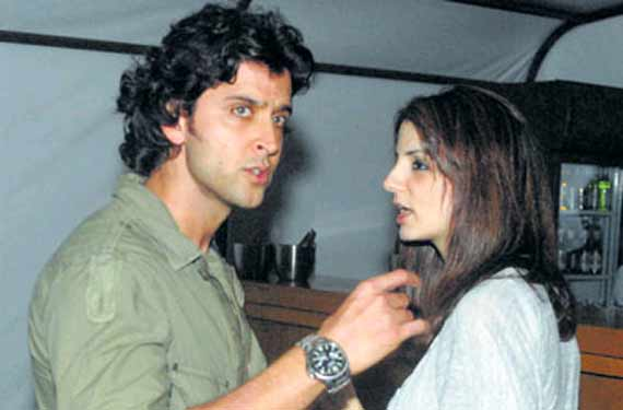 Hrithik, Sussanne divorce: Bollywood expresses shock on Twitter (see pics)