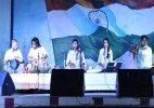 Sufi singer Sonam Kalra and Kathak dancer Rachna Yadav regale prisoners at the Tihar Jail