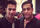 Varun Dhawan takes no panga with 'bhai' Salman Khan