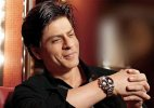 After Facebook, Shah Rukh takes to Twitter to talk to fans!