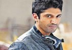 Farhan Akhtar goes to Srinagar for 'Wazir'