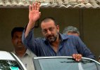 Sanjay Dutt released from Pune Jail on 14 day furlough