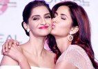 Katrina Kaif kisses Sonam Kapoor tight on stage, revives Kareena-Bipasha memory (see pics)