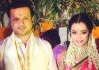 Actress Trisha Krishnan finally engaged to Varun Manian (see pics)
