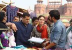 Bajrangi Bhaijaan: Salman, Kareena to shoot  in Kashmir despite flood threats