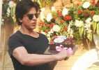 Watch: Shah Rukh receives 'sentimental' tribute as gift on 50th birthday!